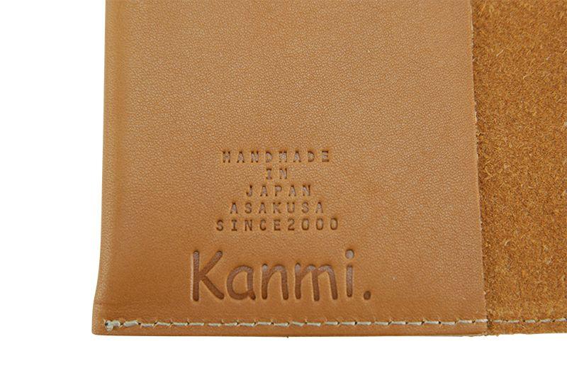 内側にKanmi.のロゴ